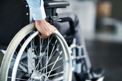 Entenda o custo benefício de um seguro acidente com sorteio mensal