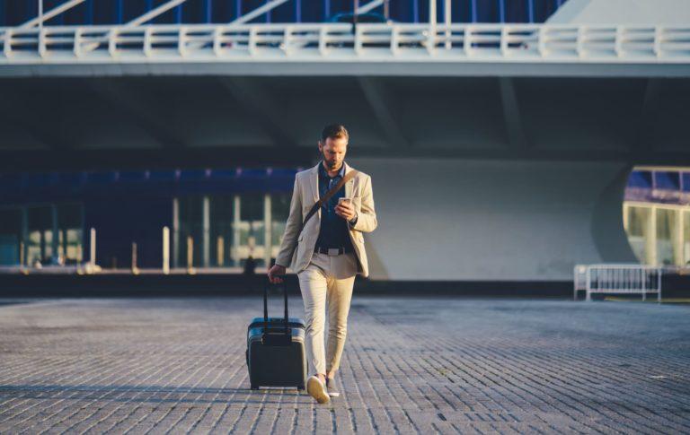 Quais são os cuidados que devo tomar para contratar um seguro viagem?