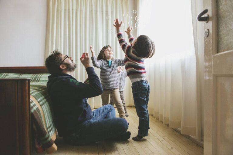 Entenda o que é o seguro de vida simplificado e as principais diferenças para o tradicional